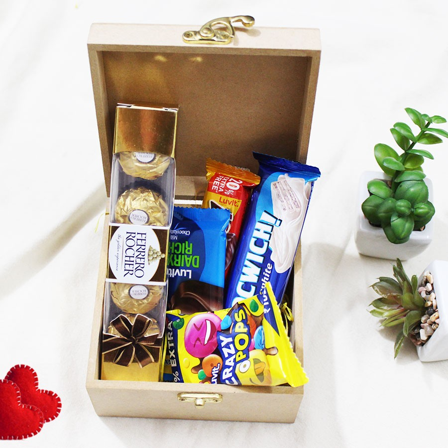 Delight Chocolate With Wooden Box