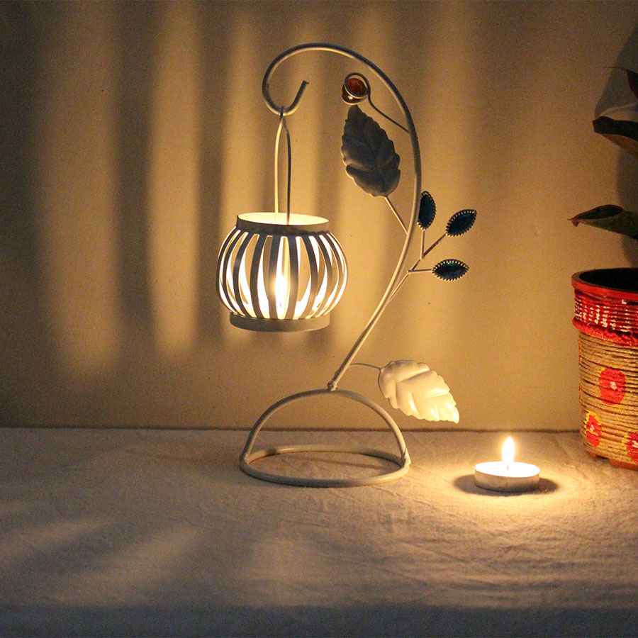 White Color Tealight Candle Holder  with 5 Candle